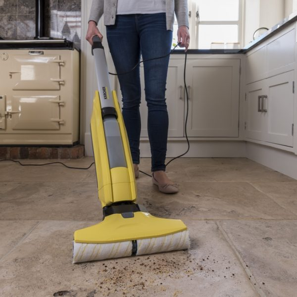 cleaning_kitchen_tiles