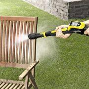 cleaning_wooden_garden_furniture